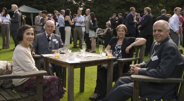 Guests enjoy drinks at Peterhouse